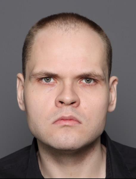 Poliisi kaipaa vihjeitä etsityimmistä henkilöistä – listalla myös paloittelumurhaaja Markus Pönkä