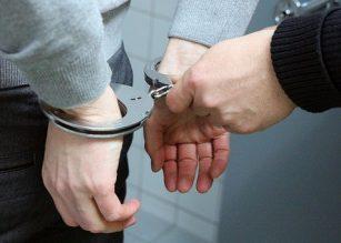 Poliisi sai Oululaisen pubin ryöstöyrityksestä epäillyn miehen kiinni